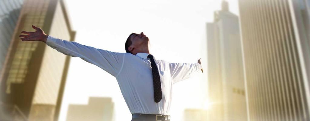 business success 1024x400 - Особенности формирования цен на недвижимость в Сочи