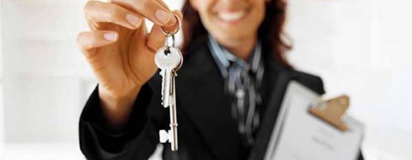 uslugi agentov po nedvizhimosti est li preimushhestva i v chem 830x323 - Особенности определения рыночной стоимости объектов недвижимости в Сочи