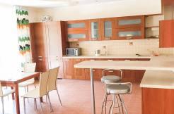 1 1 246x162 - Продаются две квартиры в Центральном районе (190 м²)