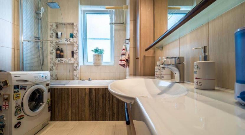 Продажа 4-комнатной квартиры в Быхте 11