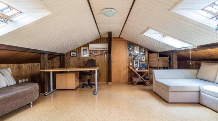Продажа 4-комнатной квартиры в Быхте 17
