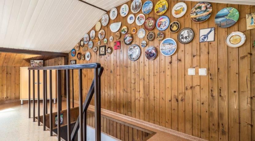 Продажа 4-комнатной квартиры в Быхте 21