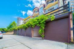 Продажа 4-комнатной квартиры в Быхте