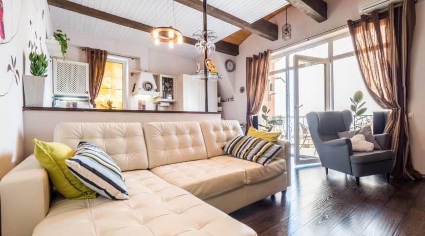 Продажа 4-комнатной квартиры в Быхте 3