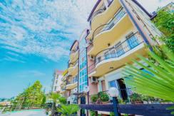 Продажа 4-комнатной квартиры в Быхте 4