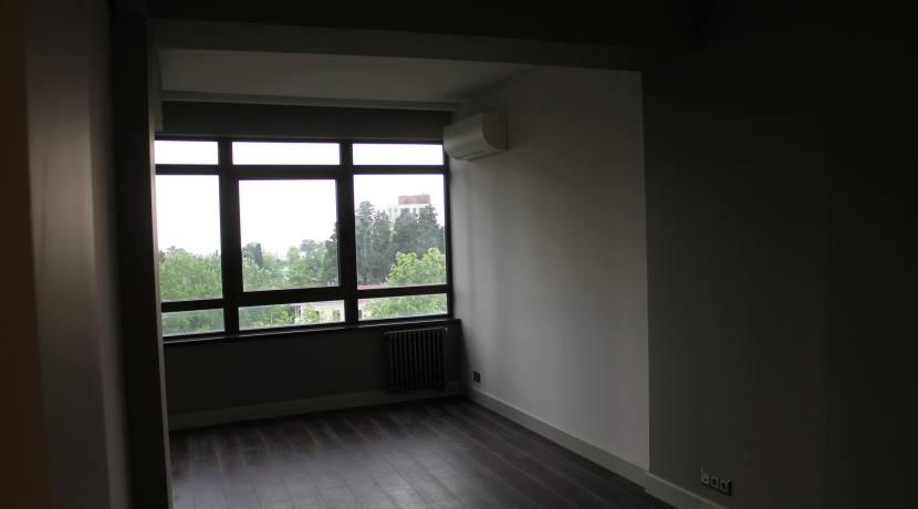 Продажа 3-комнатной квартиры по пр. Курортному 4