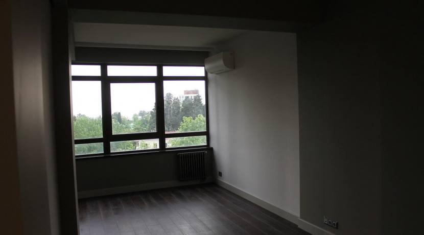 Продажа 3-комнатной квартиры по пр. Курортному 5