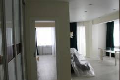 Продажа 2-комнатной квартиры по ул. Несебрская 11