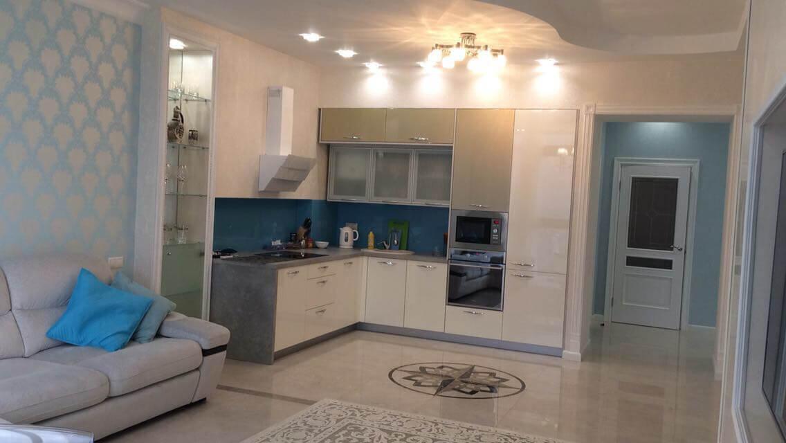 Продажа 3-х комнатной квартиры в ЖК «Лазурный берег» (100 м²)