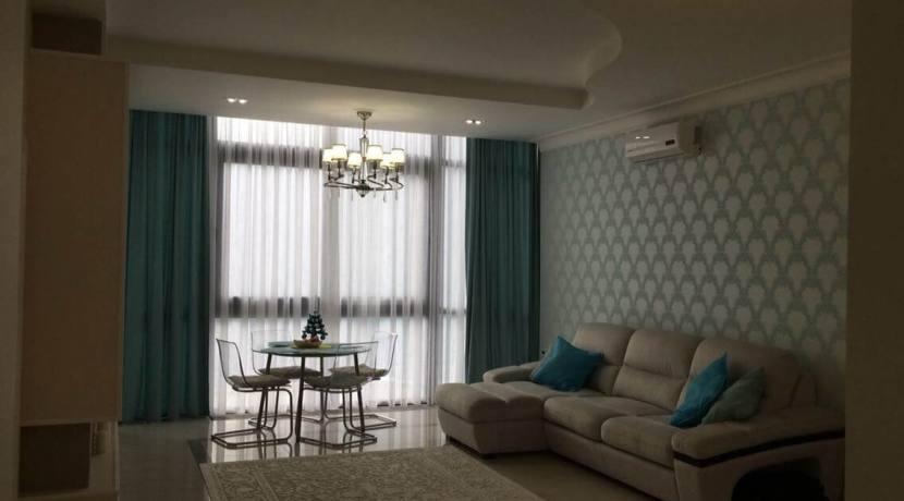 Продажа 3-комнатной квартиры в ЖК Лазурный берег 8