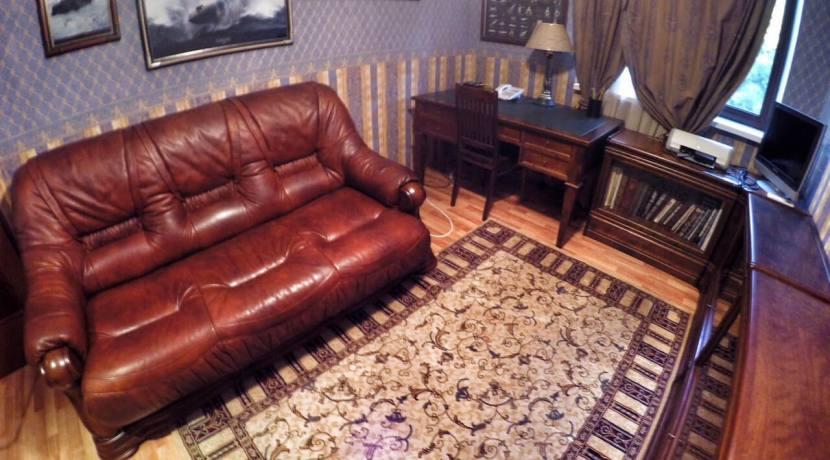 Продажа 3-х комнатной квартиры по ул. Первомайской 2