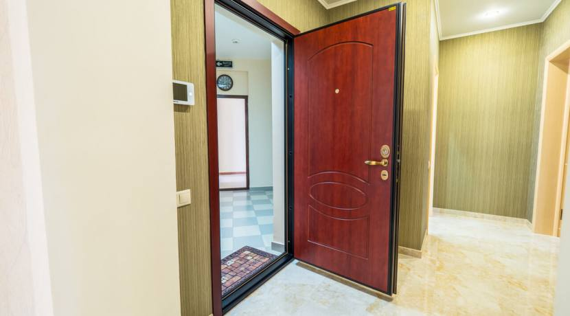 Продажа 3-х комнатной квартиры по ул. Роз, 52-10