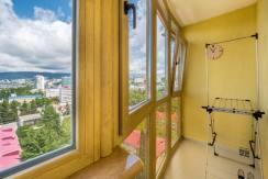Продажа 3-х комнатной квартиры по ул. Роз, 52-26