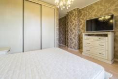 Продажа 3-х комнатной квартиры по ул. Роз, 52-35