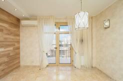 Prodazha 3 h komnatnoj kvartiry po ul. Roz 52 43 246x162 - Продажа 3-х комнатной квартиры по ул. Роз, 52 (110 м²)