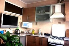 kv eniseyskaya 2 244x163 - Продажа 3-комнатной квартиры по ул. Енисейской (70 м²)
