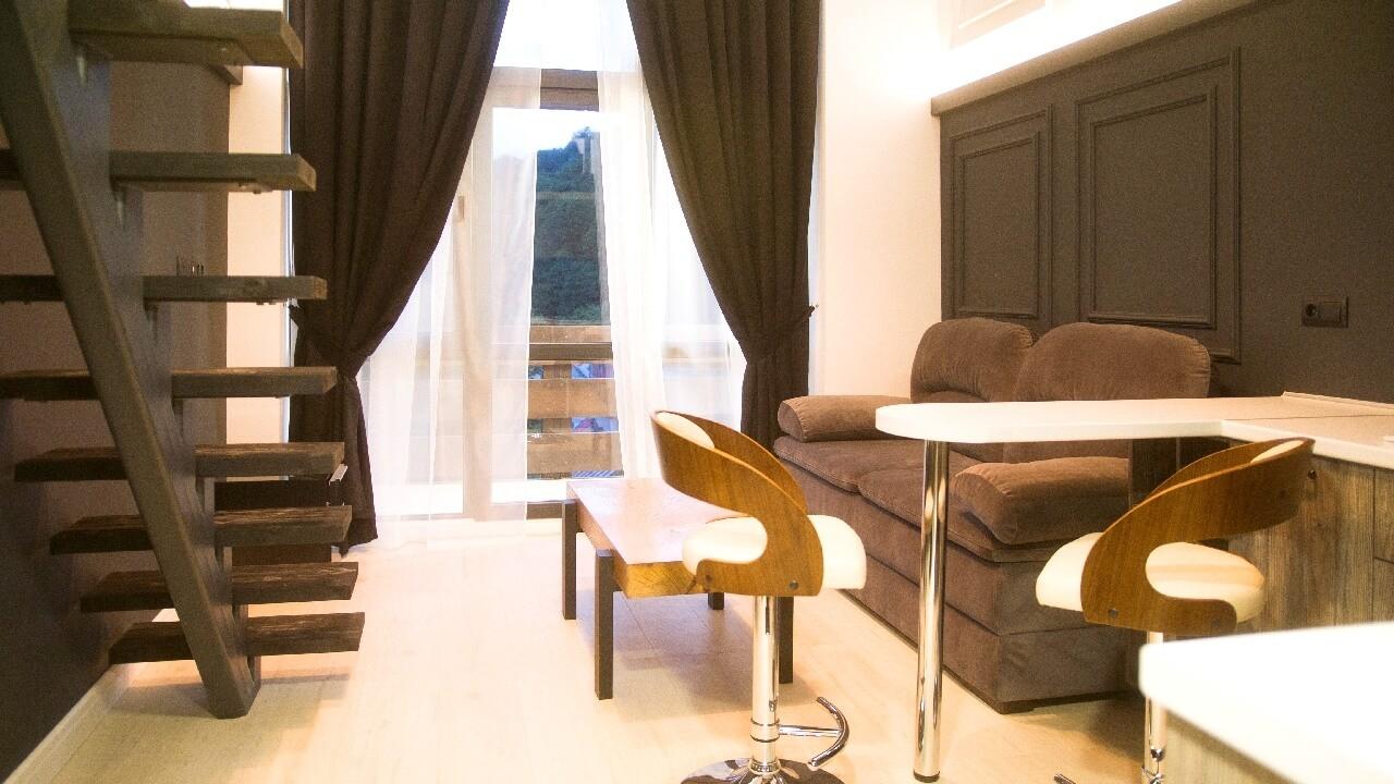Продажа 2-комнатной квартиры по ул. Заповедной 17 (42 м²)