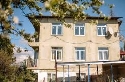 home vinigradnaya70 10 246x162 - Продажа дома по ул. Виноградной 70 (230 м²)