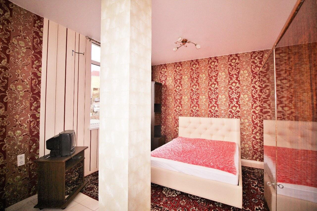 Продажа 1-комнатной квартиры по ул. Виноградной 224/6 (33,5 м²)