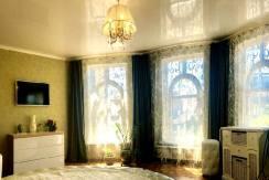 kv pereletnaya 17 244x163 - Продажа 4-комнатной квартиры по ул. Перелетной 22 (107 м²)