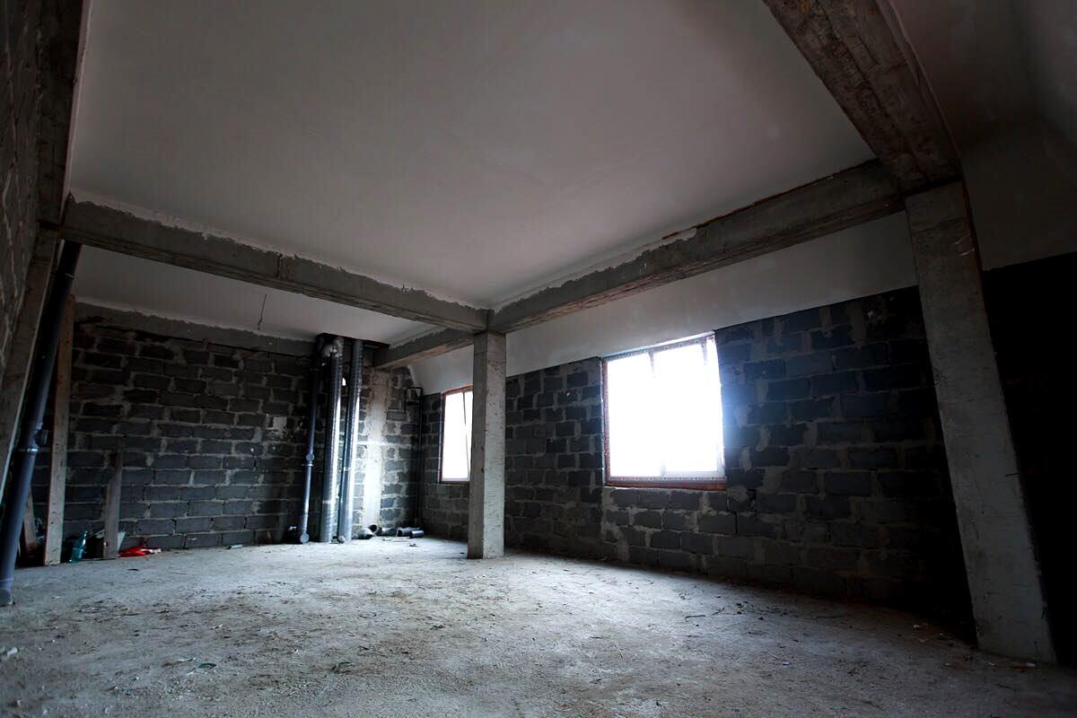 Продажа квартиры-студии по ул. Рахманинова 39/9а (42 м²)