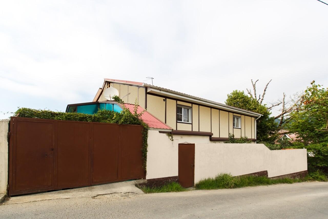 Продажа дома по ул. Верхняя Вишневая (350 м²)