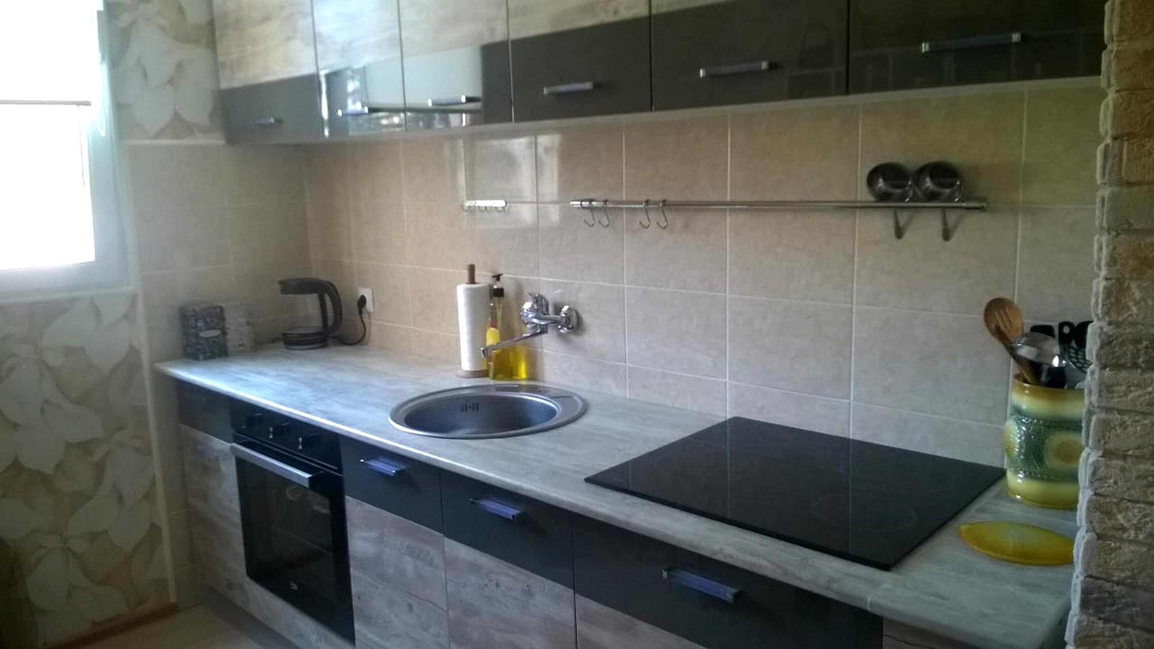 Продажа 2-комнатной квартиры по ул. Батумское шоссе 26 (52 м²)