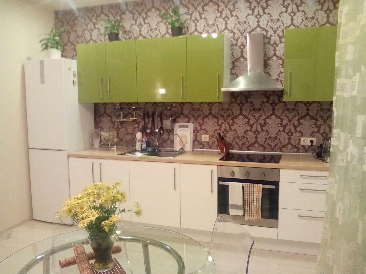 Продажа 2-комнатной квартиры по ул. Изумрудной 40/3 (40 м²)