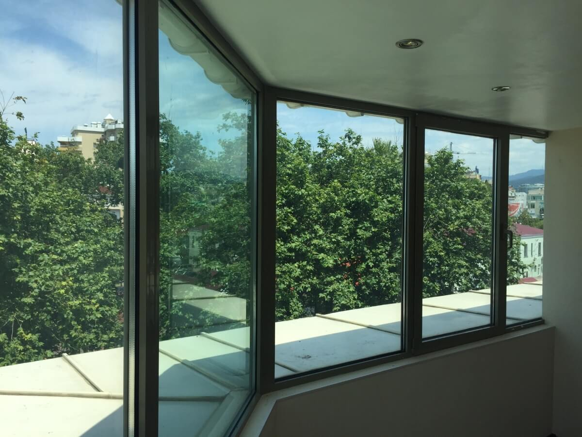 Продажа офисного помещения по ул. Несебрской 6 (190 м²)