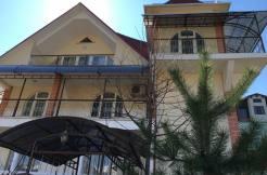 housekrasnayapolyana300m 3 1 246x162 - Продажа дома по ул. Защитников Кавказа 76/14 (300 м²)