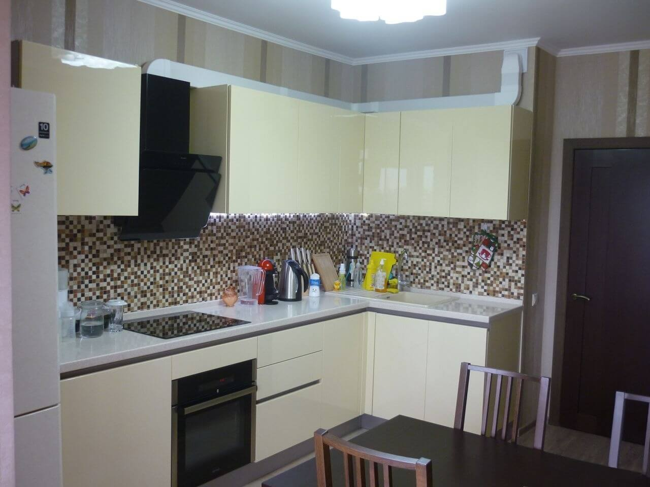 Продажа 2-комнатной квартиры по ул. Абрикосовой, д. 23 А (75 м²)