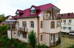 makarenko350m 2 246x162 - Продажа 3-этажного дома в районе Макаренко (350 м²)