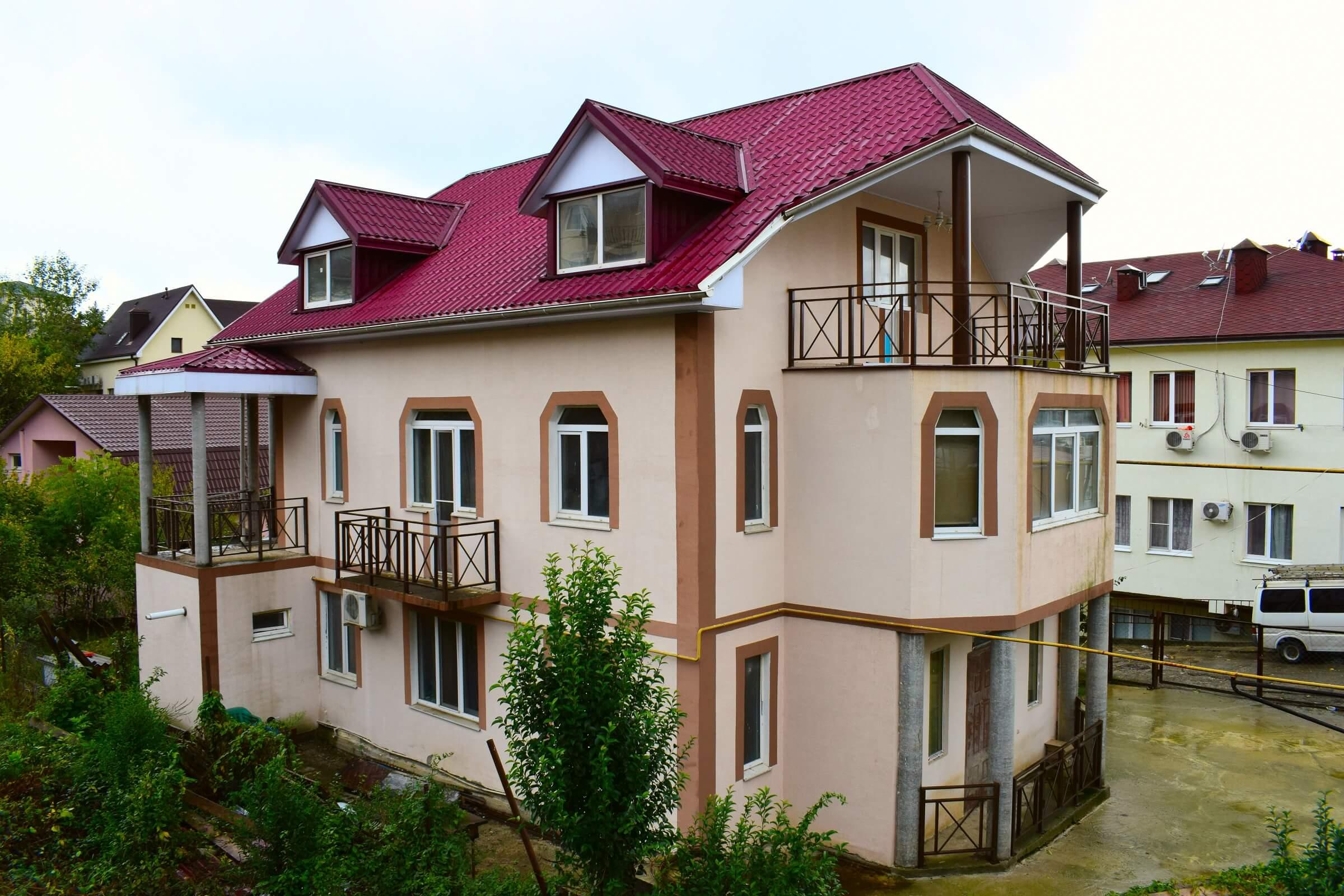 Продажа 3-этажного дома в районе Макаренко (350 м²)