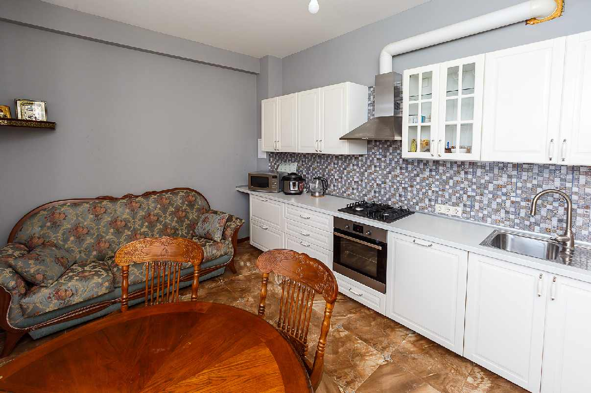 Продажа 3-комнатной квартиры в ЖК Анастасия (96 м²)
