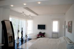 houseindagomys450m 13 244x163 - Продажа 5-этажного дома в Дагомысе (450 м²)