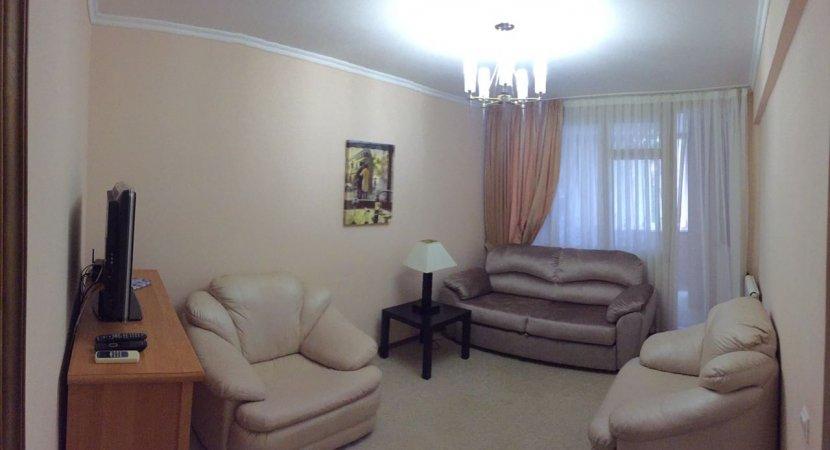 Продажа 2-х комнатной квартиры по ул. Роз, д. 67 (50 м²)