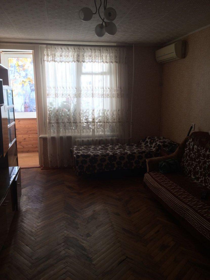 Продажа 2-х комнатной квартиры по ул. Войкова, д. 33 (52 м²)