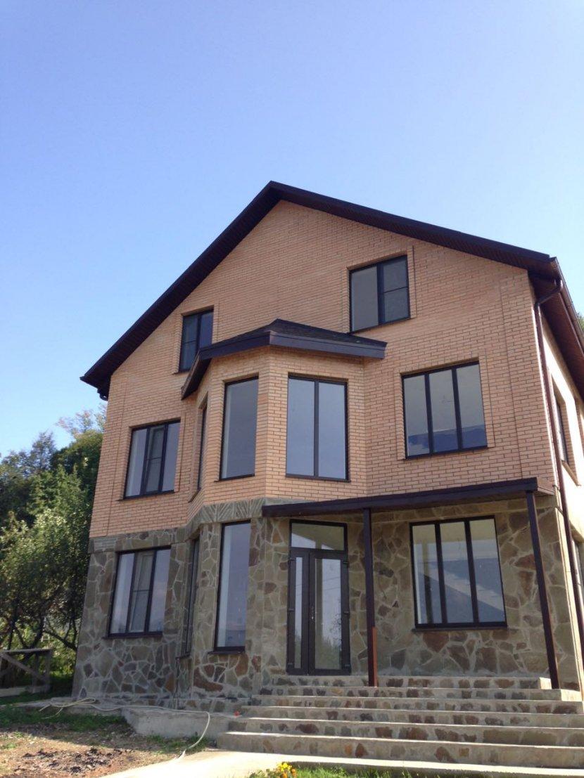 Продажа дома по ул. Центральной, д. 12А (250 м²)