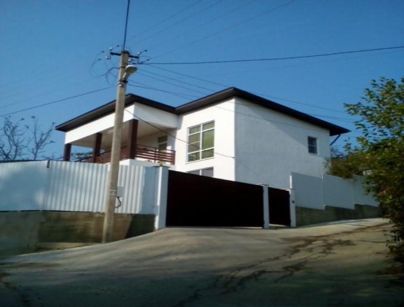 Продажа дома по ул. Дубовой, д. 60 (150 м²)