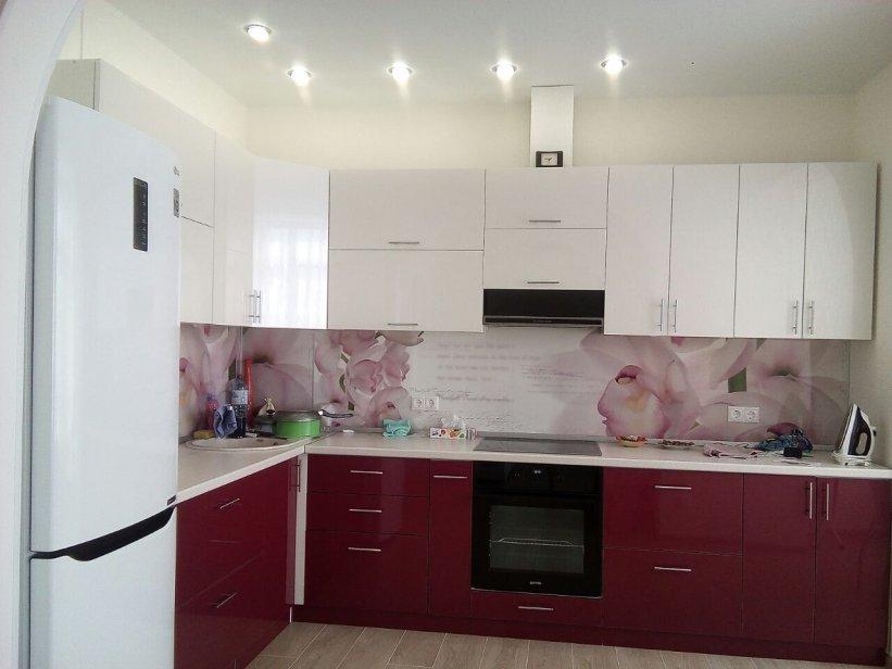 Продажа 3-х комнатной квартиры по ул. Параллельной, д. 8/6 (65 м²)